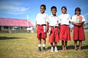 siswa-sekolah-dasar-indonesia-mengajar