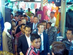 Mark Zuckerberg Mengunjungi Pasar Tanah Abang