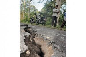 gempa-guncang-madiun-puluhan-rumah-rusak-ILk