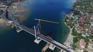 large-jembatan-merah-putih-790a918319233d9427bdfaf45140180f